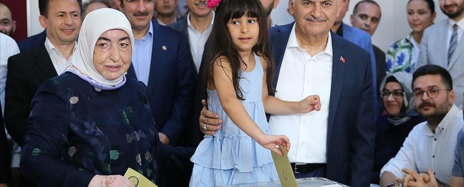 Yıldırım: İstanbul halkının verdiği kararın başımız gözümüz üzerinde yeri var