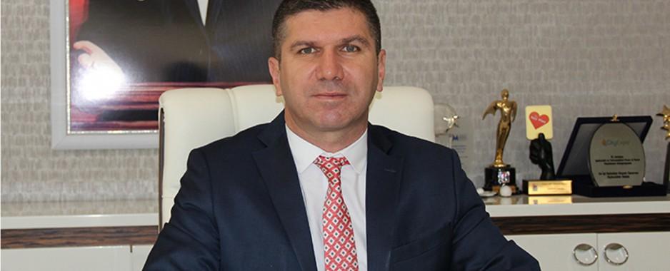Burdur Belediye Başkanı Ercengiz'den sigarayı bırakan personele çeyrek altın