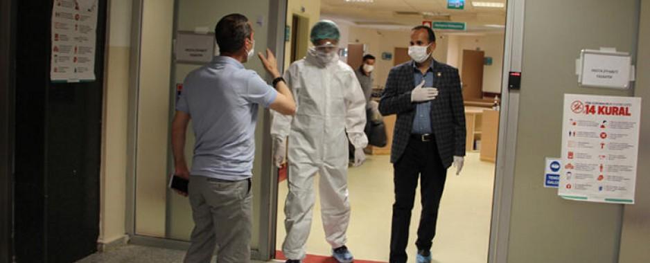 Şemdinli Belediye Başkanı Tahir Saklı corona virüsü yendi