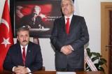 Erzurum'da iki belediye başkanı BBP'den istifa etti