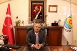 Corona virüsü yenen belediye başkanı görevine başladı