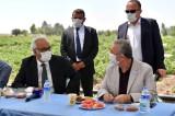 Ankara Büyükşehir Belediye Başkanı Yavaş sulu tarım projesi için çiftçilerle buluştu