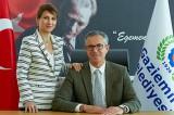 Gaziemir Belediye Başkanı Halil Arda eşini 'Onursal Koordinatör' ilan etti