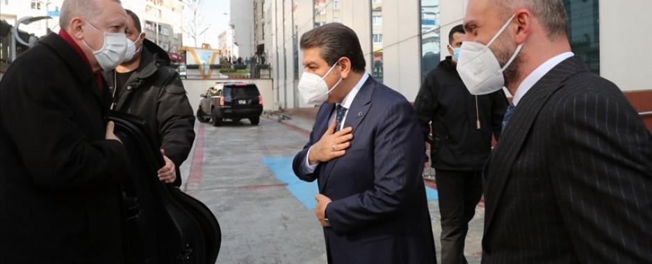 Cumhurbaşkanı Erdoğan Esenler Belediyesi'ni ziyaret etti