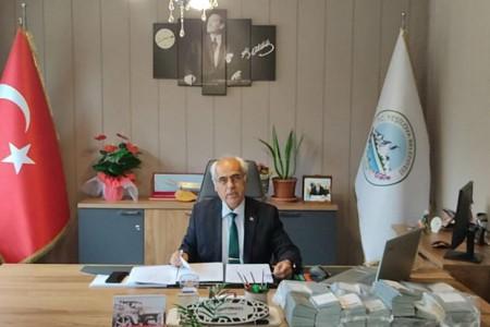 Yeşilova Belediye Başkanı'ndan gri pasaport açıklaması: Erasmus kapsamında gönderildi